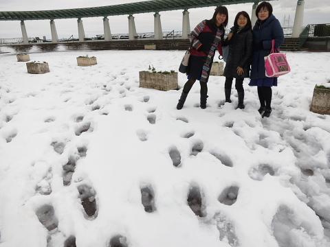 なぜか、暖かい雪の2日間。_d0046025_0184414.jpg