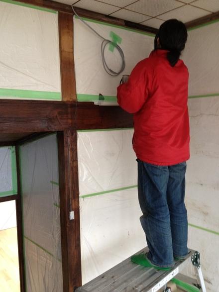 床貼り・柱塗り_d0161584_16251940.jpg
