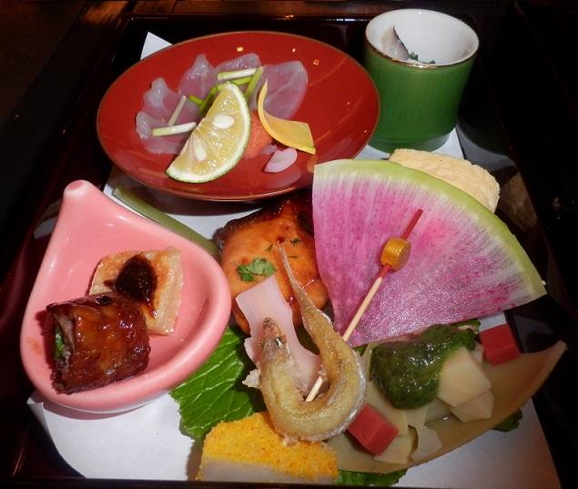 京懐石 「蛍」さんの雛献招♪_c0098501_2232035.jpg