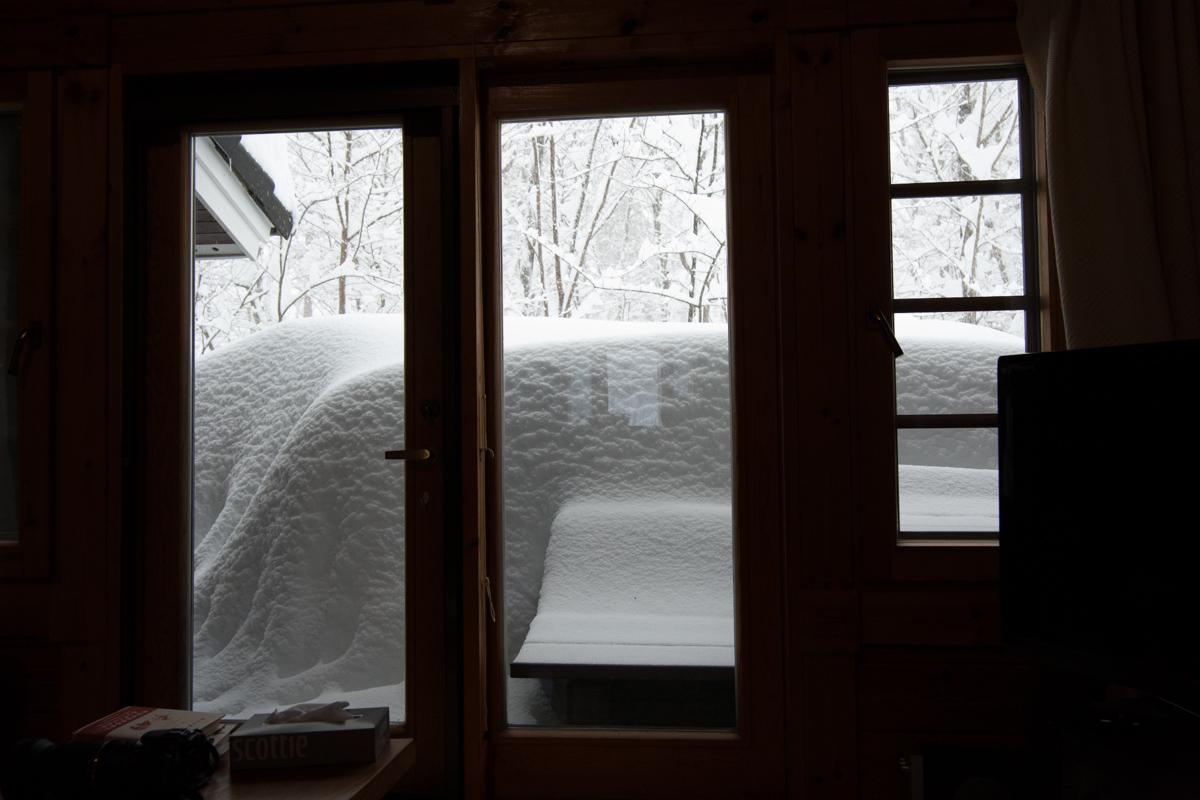 2/15 山梨県下記録的大雪、まさかここまで降るとは_c0137403_16192598.jpg