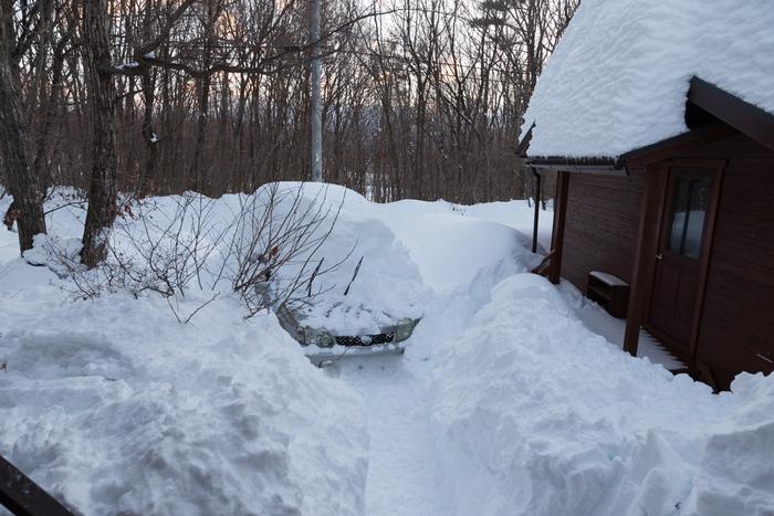 2/15 山梨県下記録的大雪、まさかここまで降るとは_c0137403_16461074.jpg