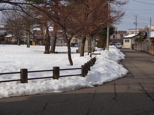 当社周辺の雪の状況について_e0266363_173478.jpg