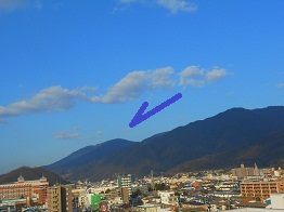 広から見る野呂山は_e0175370_1653381.jpg