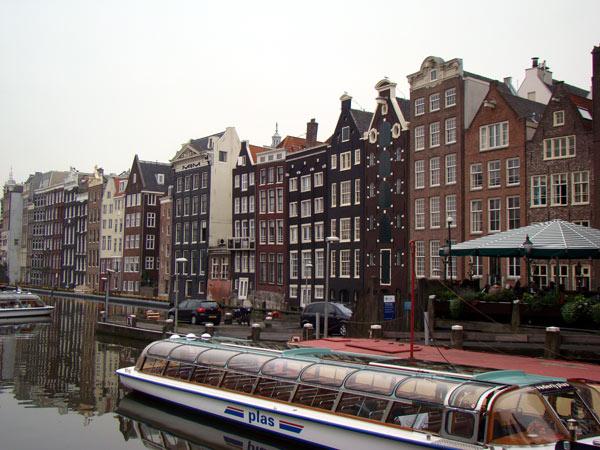 No.34 9月25日 アムステルダム_a0047200_22261858.jpg