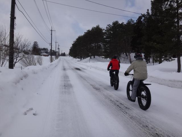 ファットバイクで雪遊び 2014年2月_c0132901_20521686.jpg