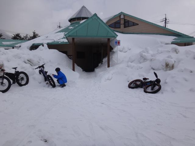 ファットバイクで雪遊び 2014年2月_c0132901_20522870.jpg