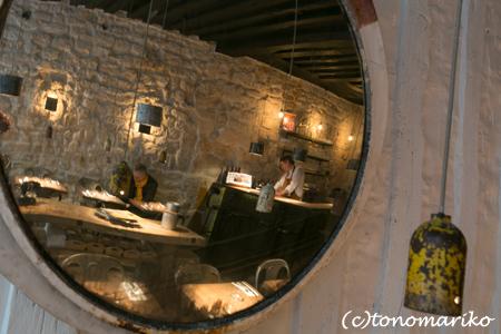 ブロカントいっぱいのオシャレ空間レストラン_c0024345_10393758.jpg