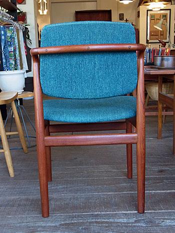 chair_c0139773_17413013.jpg