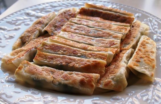 韮と豚肉の水餃子_e0148373_15244806.jpg