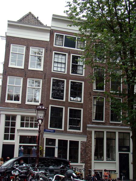 No.34 9月25日 アムステルダム_a0047200_22412176.jpg