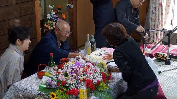 新里三郎 85歳 生年祝い_e0166355_01182904.jpg