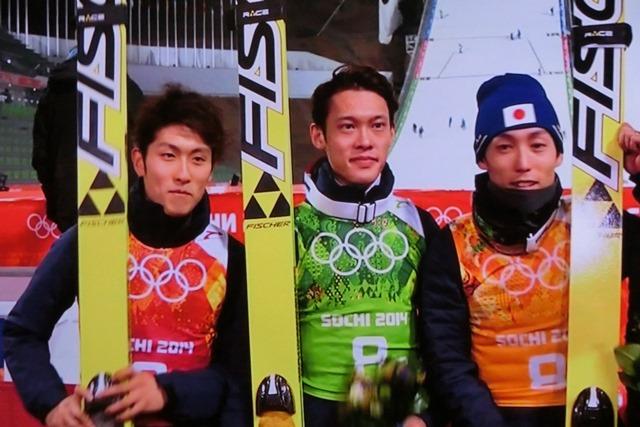 ソチの空に輝く日本のアスリート達、ソチ冬季オリンピック閉会、ソチ五輪で山村愛子選手が教えてくれたもの_d0181492_22344843.jpg