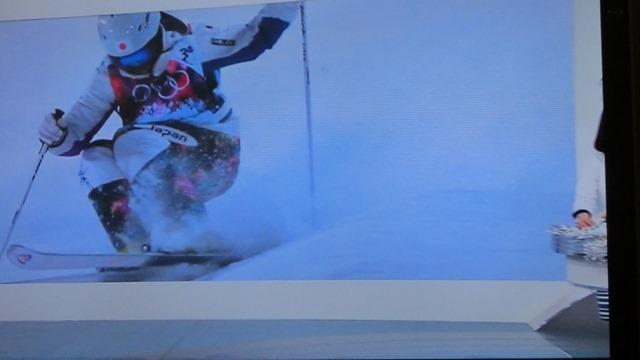 ソチの空に輝く日本のアスリート達、ソチ冬季オリンピック閉会、ソチ五輪で山村愛子選手が教えてくれたもの_d0181492_2235083.jpg
