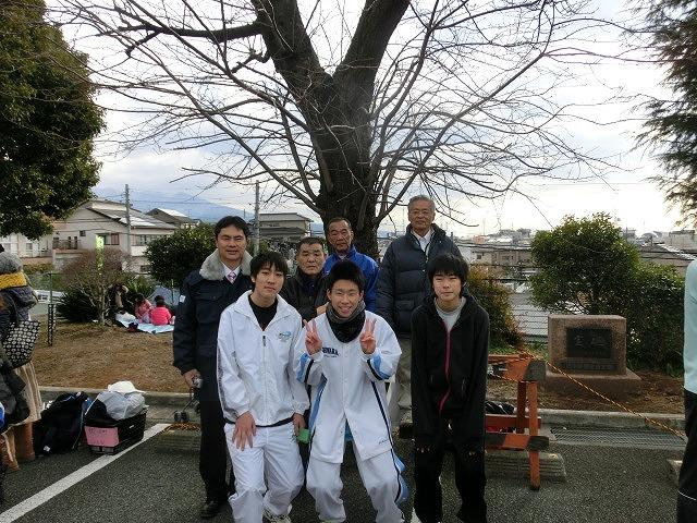 富士山の日に駆け抜けた「今泉駅伝」_f0141310_7101038.jpg