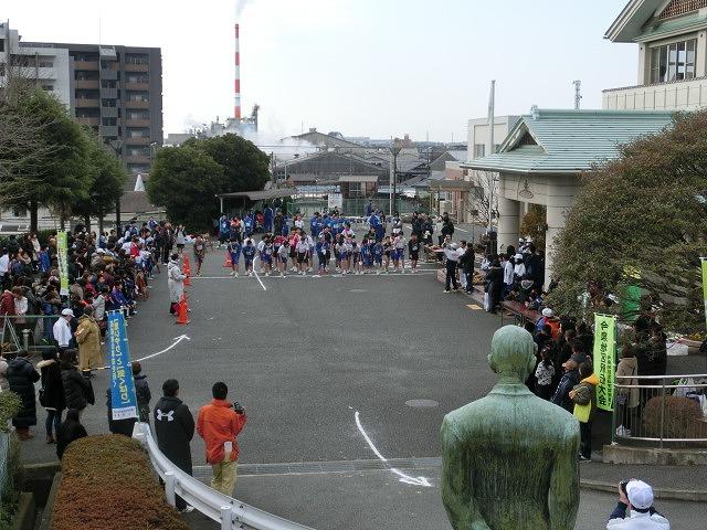 富士山の日に駆け抜けた「今泉駅伝」_f0141310_7101984.jpg