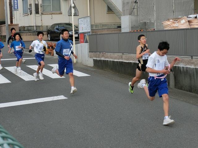 富士山の日に駆け抜けた「今泉駅伝」_f0141310_710446.jpg