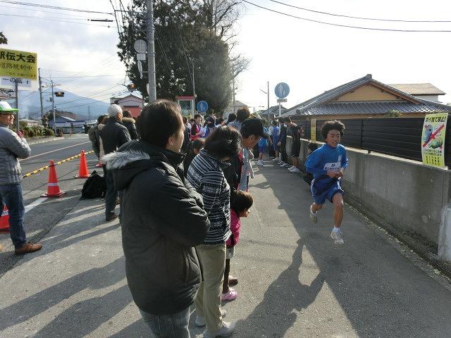富士山の日に駆け抜けた「今泉駅伝」_f0141310_7113123.jpg