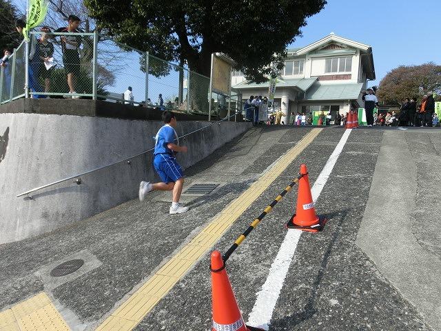 富士山の日に駆け抜けた「今泉駅伝」_f0141310_7121958.jpg