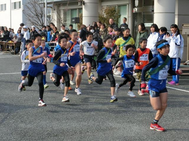 富士山の日に駆け抜けた「今泉駅伝」_f0141310_7125224.jpg