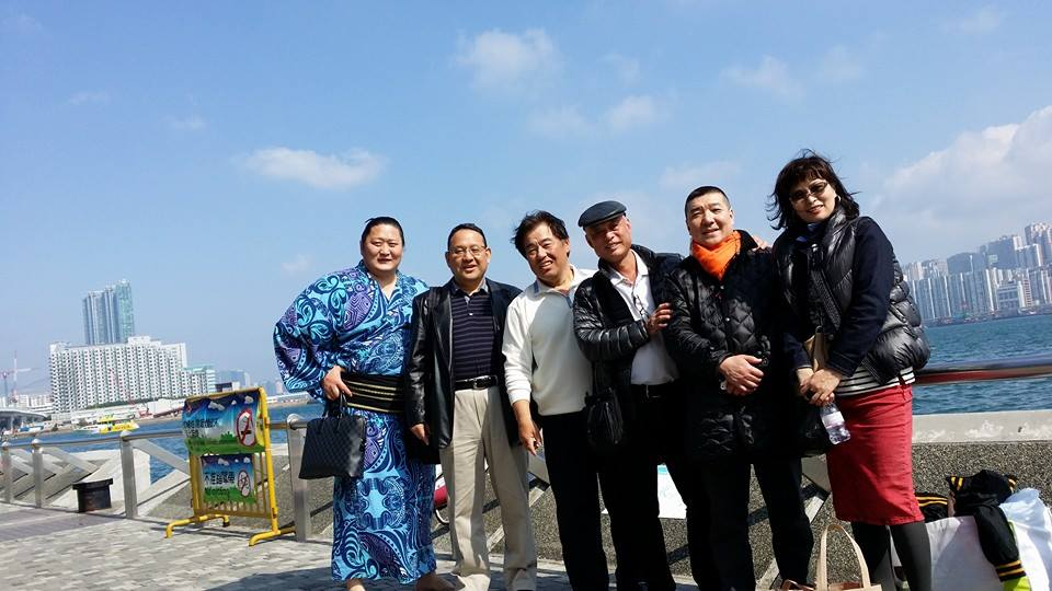 マカオでの試合観戦後、香港支部の仲間を激励する為食事会を開催!_c0186691_041327.jpg