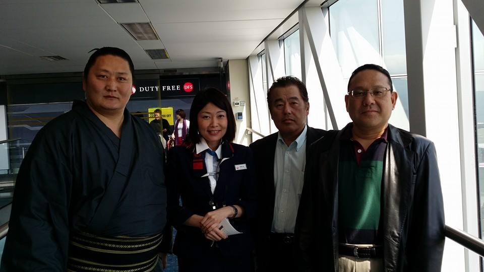 マカオでの試合観戦後、香港支部の仲間を激励する為食事会を開催!_c0186691_0435740.jpg