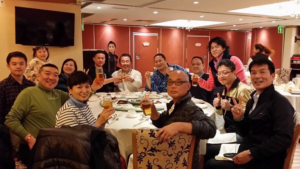 マカオでの試合観戦後、香港支部の仲間を激励する為食事会を開催!_c0186691_043842.jpg