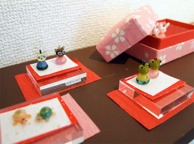 HINA IN BOX 箱入りお雛様2_f0143397_17445370.jpg