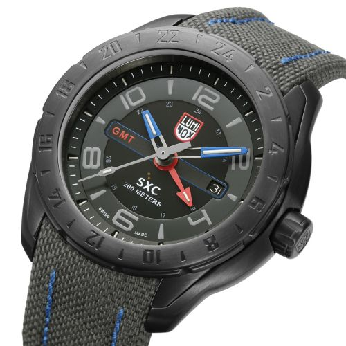 Luminox SPACE SERIES_b0170184_2252211.jpg
