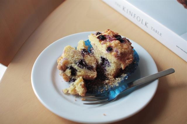 黒蜜もちケーキとブルーベリーチーズケーキマフィン_e0287190_14524076.jpg