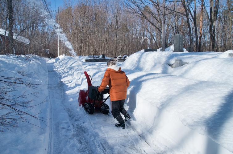 記録的大雪から9日目、自力でやっと車を出す_c0137403_20491750.jpg
