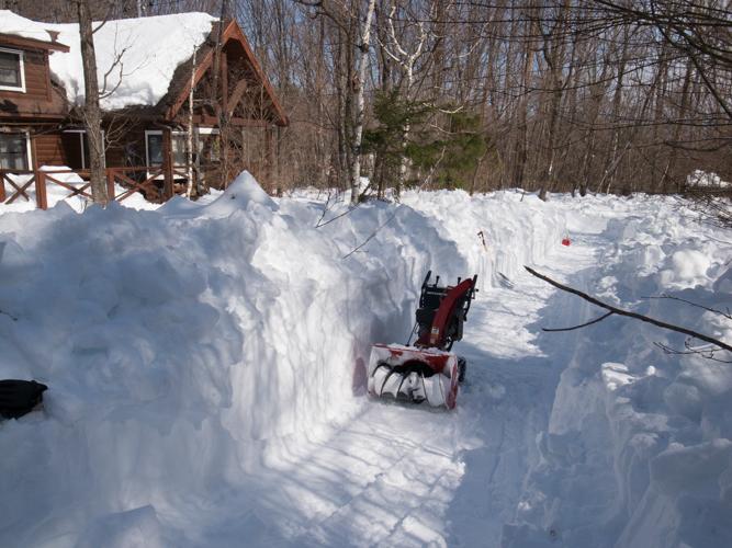 記録的大雪から9日目、自力でやっと車を出す_c0137403_21141976.jpg