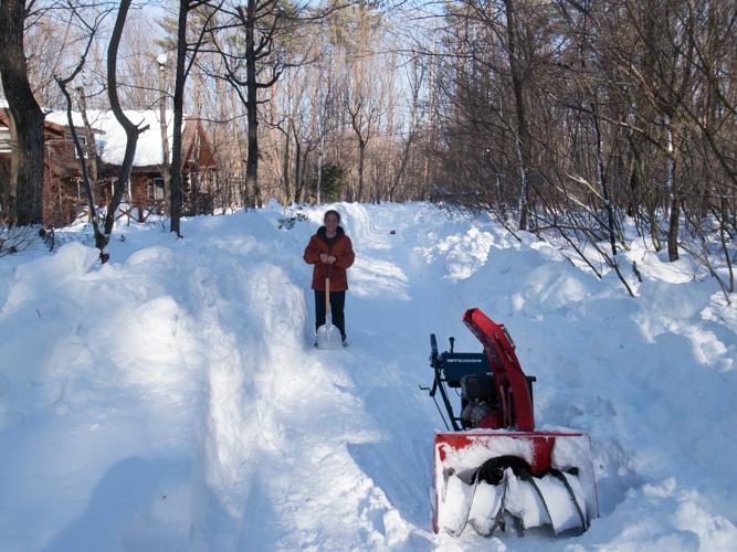 記録的大雪から9日目、自力でやっと車を出す_c0137403_21144739.jpg