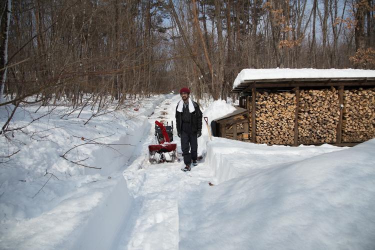 記録的大雪から9日目、自力でやっと車を出す_c0137403_22111640.jpg