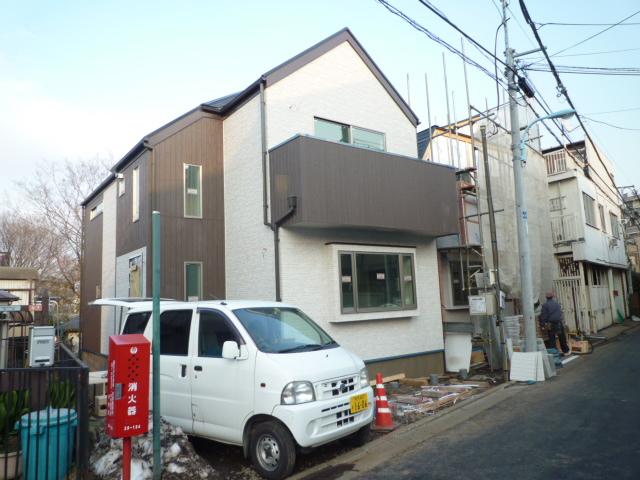 和田堀公園近く新築一戸建て_b0246953_21061834.jpg