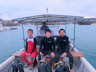 真栄田で体験ダイビング!!_a0156273_18384585.jpg