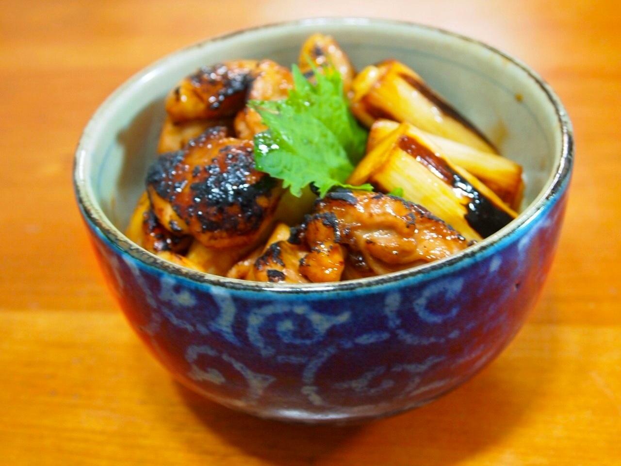 炙り焼鳥丼_a0258686_633510.jpg
