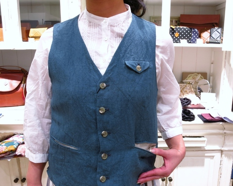 LINAS リネンのギャザースカートがすてき!_c0227633_1317862.jpg