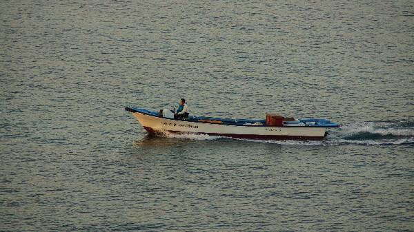 漁船_e0166355_07130748.jpg
