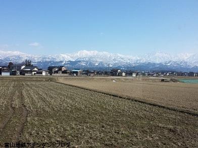 2月最後は、立山連峰がきれいに見えた_a0243562_10145665.jpg