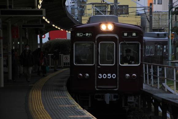 阪急3050F 伊丹線_d0202264_16545428.jpg