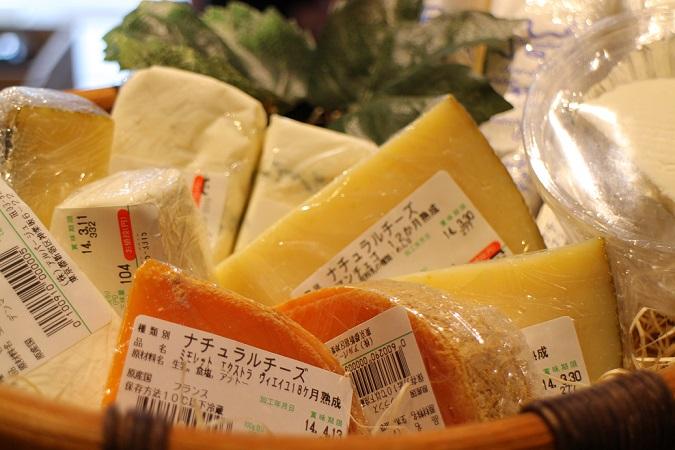 チーズ入荷しました!_b0016474_14233430.jpg