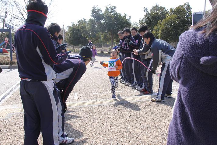 びわ湖こどもの国ちびっこマラソン大会_b0105369_2301677.jpg