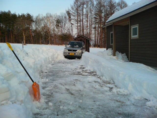 大雪のその後・・・^^;_a0211886_17393715.jpg
