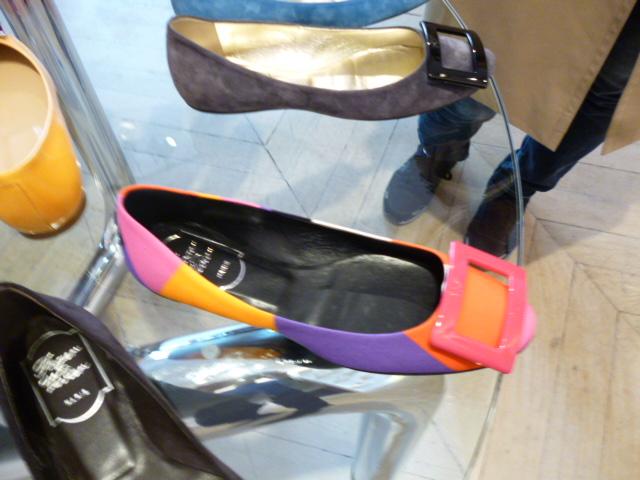 parisの靴事情・・・取りあえずはこれね!_b0210699_17443987.jpg