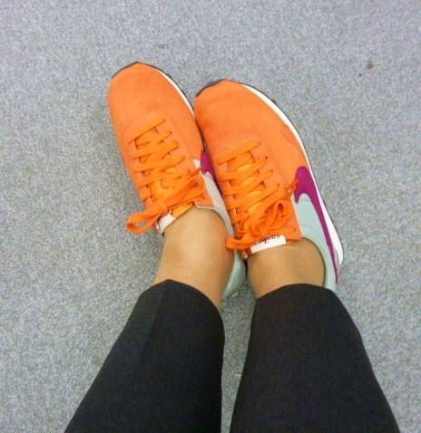 parisの靴事情・・・取りあえずはこれね!_b0210699_19240792.jpg