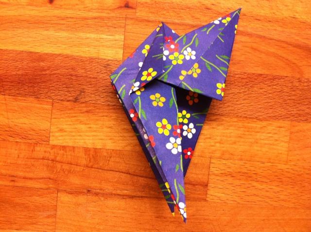折り紙で雛人形 - 男雛 -✿ Origami Ⅻ ②_b0246303_08412835.jpg