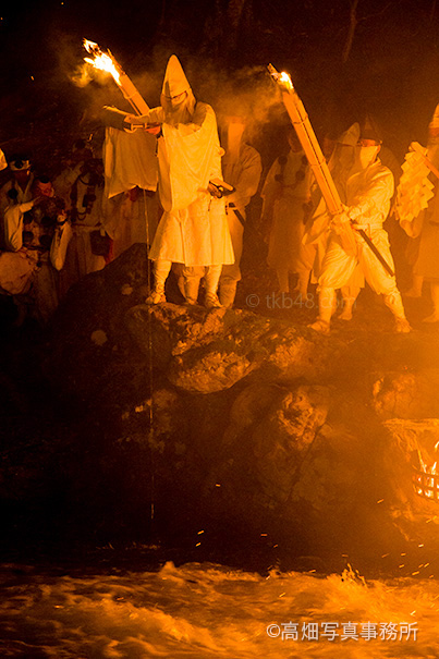 お水送り 福井県小浜市 Sending the holy water._e0245846_2323036.jpg