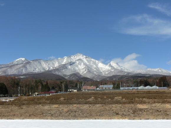 山は白い!_f0019247_2357465.jpg