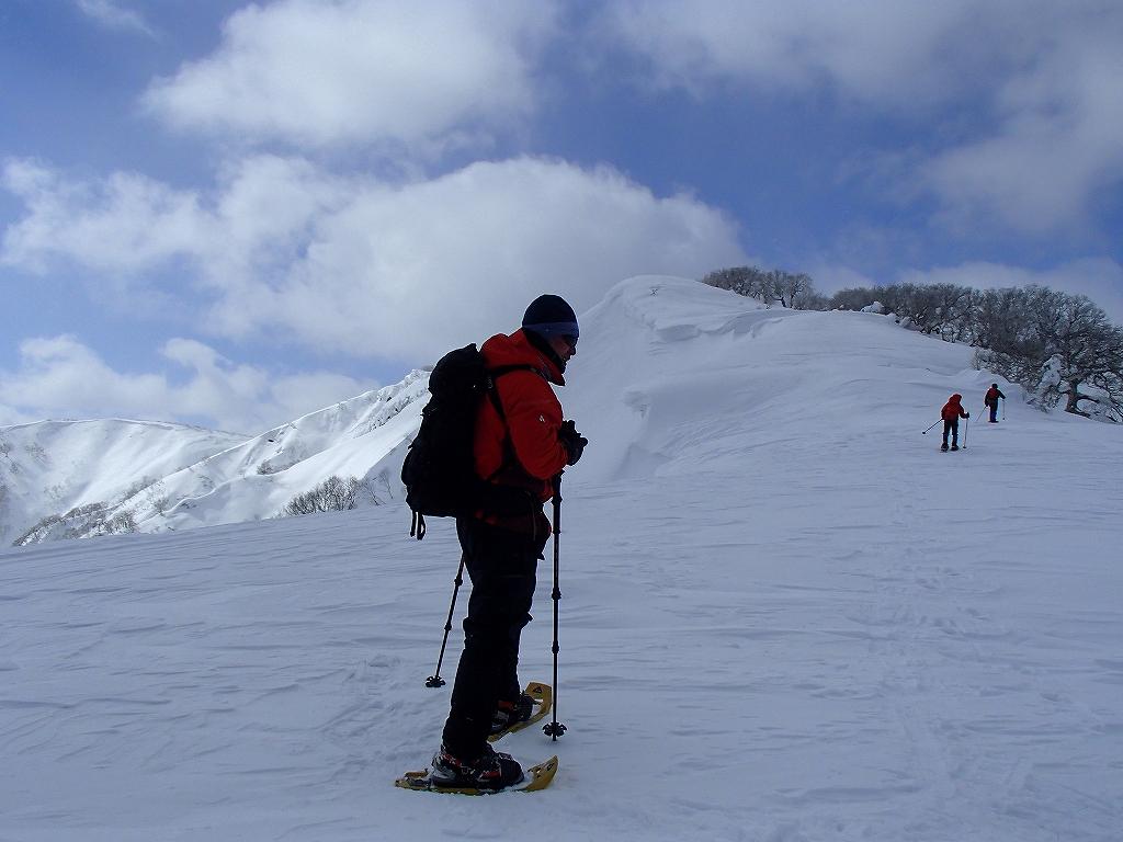 漁岳と小漁山を登ってオコタンペ湖へ、3月2日-その2-_f0138096_143049100.jpg
