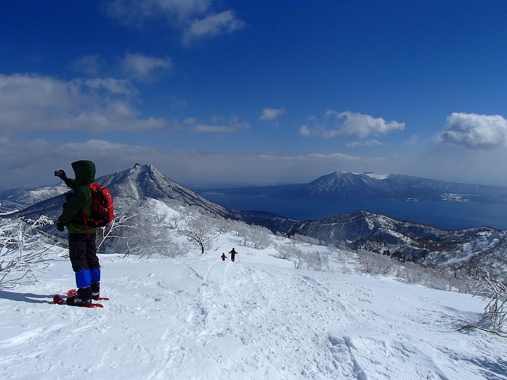 漁岳と小漁山を登ってオコタンペ湖へ、3月2日-その2-_f0138096_143212.jpg